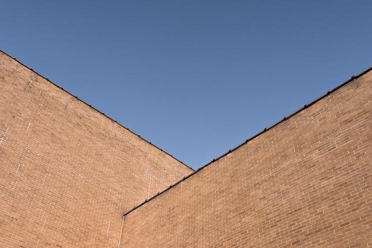 blue-sky-walls
